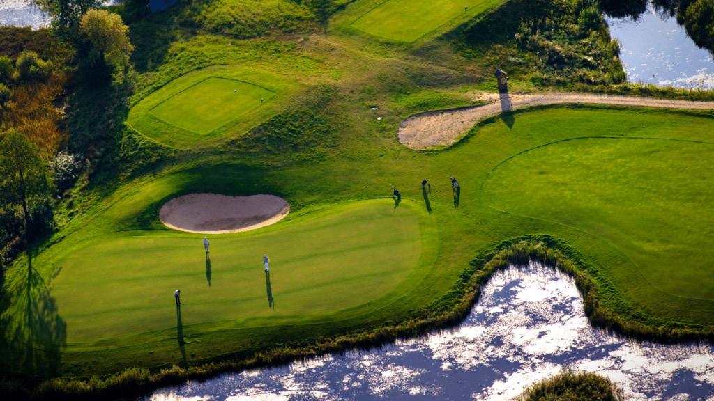 golf terms - describe the golf course